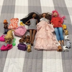Barbie lot Barbies puppy's bags & bags & cats